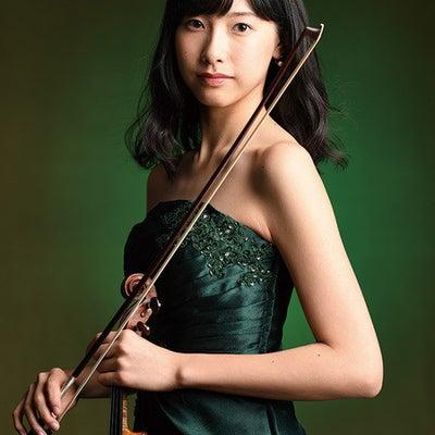 荒井里桜さんの日本音楽コンクール本選での勝負服??を大胆予想???の記事に添付されている画像