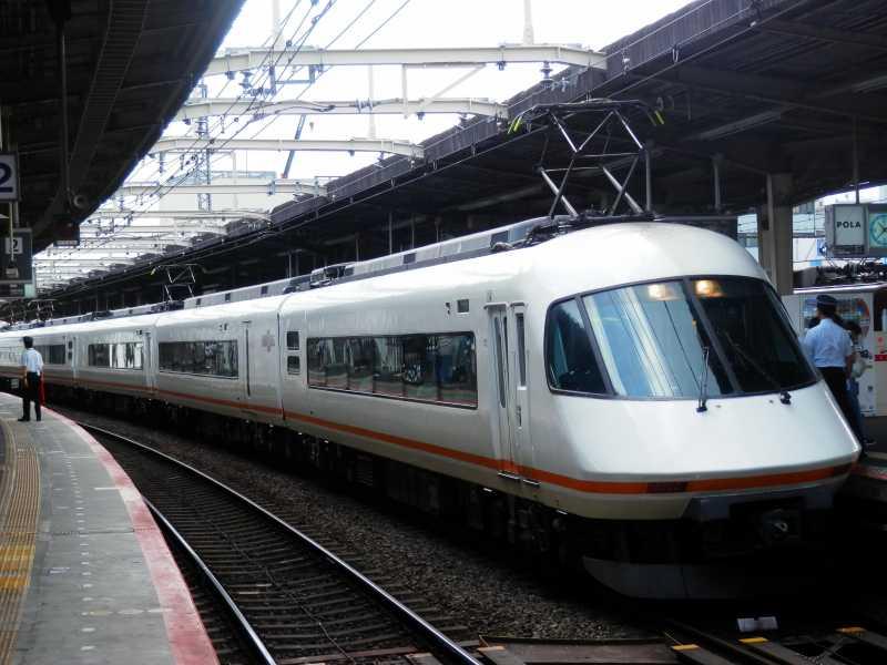 近鉄 21000系名阪特急車「アーバンライナーplus」 | 鉄道車内空間のブログ