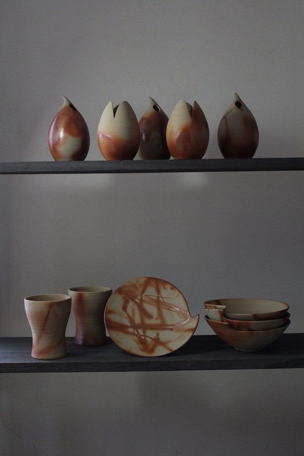 伝統の和と現代的な美しいフォルムが魅力的な備前焼 陶芸作家【大江一人】花器・食器販売開始です。