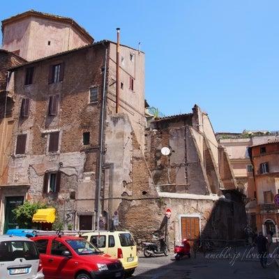 「PORTICO DI OTTAVIA」と「マルケルス劇場」【②ローマゲットー地の記事に添付されている画像