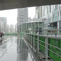渋谷川沿いのDEAN…