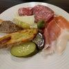 軽食にピッタリな前菜盛り合わせ@toscaneriaの画像