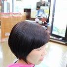 後頭部のくせとサイドのピロピロ毛を切ってすっきりの記事より