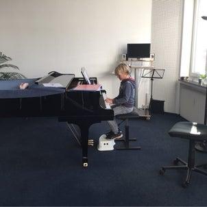 クレーフェルト音楽学校とお別れですの画像
