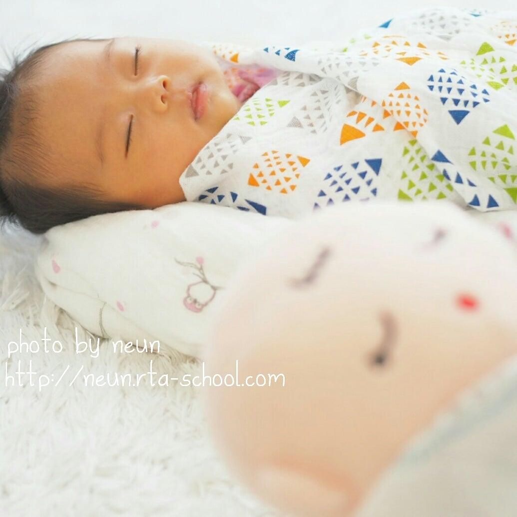 赤ちゃんがまとまって寝ない!すぐ起きる ...