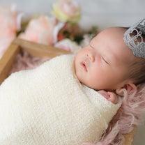 和歌山で新生児フォト!ニューボーンフォトを撮っていますの記事に添付されている画像