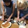 日本語だけではなく、和食も習いたい:)韓国とオーストリアのお友達参加。ヴィーガン料理教室の画像