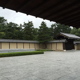 画像 スクーリングの日に京都観光をするのもいいですね の記事より