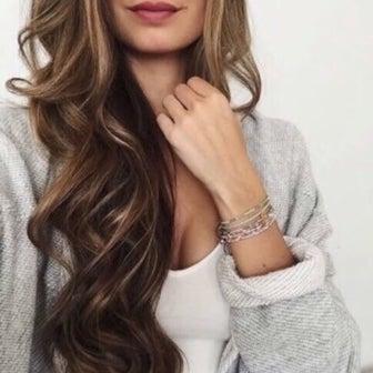 骨格スタイル別、似合う巻き髪のつくり方