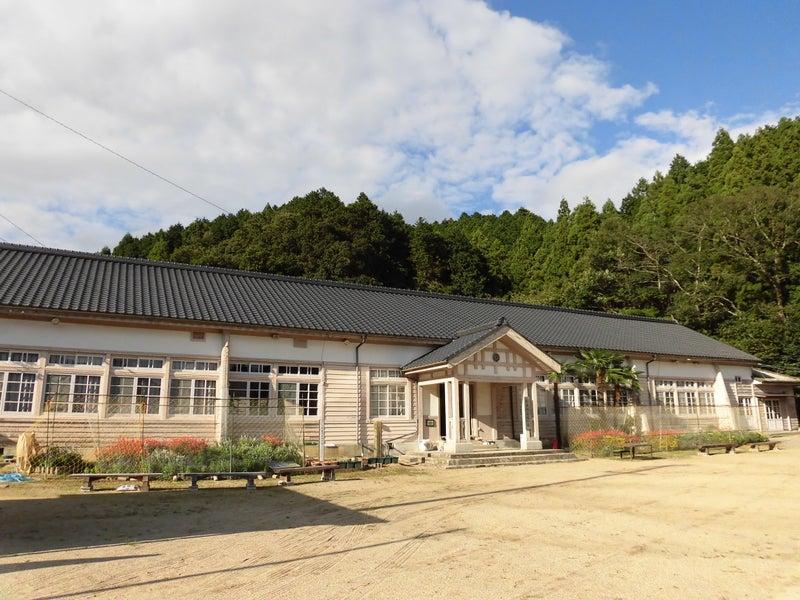 Category:三重県の学校に関する...