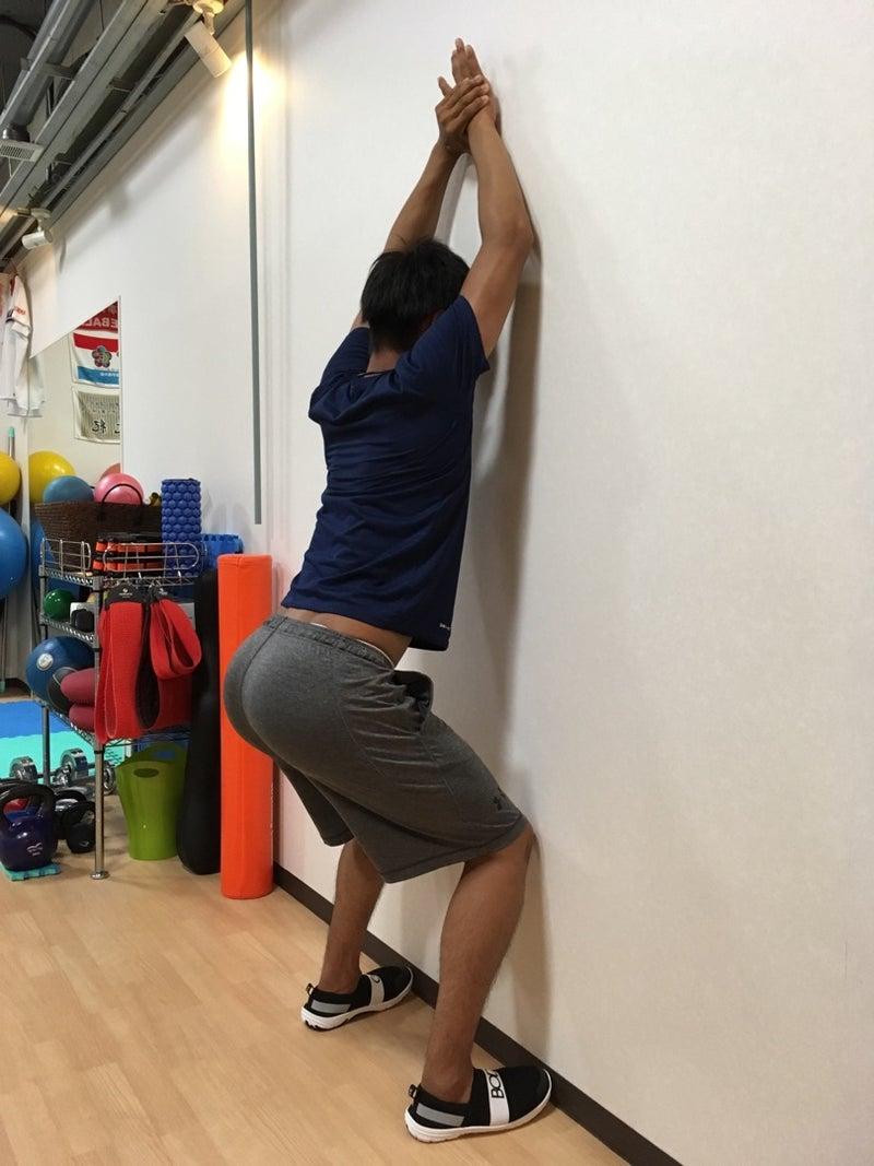 """オーバーヘッドスポーツに必要な動き【胸椎伸展】を獲得するエクササイズ   アスリートのための""""トレーナールーム""""プラストレーナーズのブログ"""