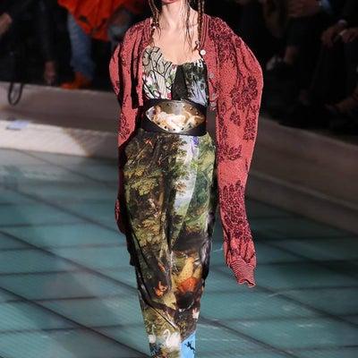 アンドレアス・クロンターラー フォー ヴィヴィアン・ウエストウッド ドレスの記事に添付されている画像