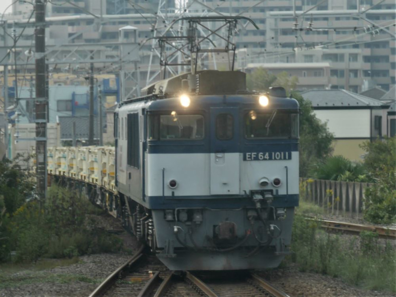 EF641011_1016-1