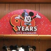 今日から発売☆ミッキーの90周年お祝いグッズ♪
