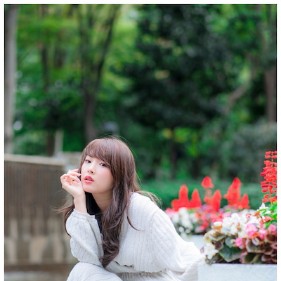 ゆりかたんと秋ニットと、昼下がりの公園❤️桜ゆりか#2@新宿エリア by フォトの記事に添付されている画像