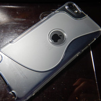 iPod touchは小さいiPadかの記事に添付されている画像