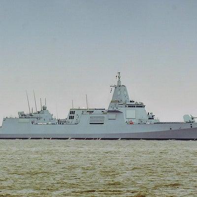 """模倣脱した?中国の最新鋭「055型駆逐艦」に""""世界最強説""""の記事に添付されている画像"""
