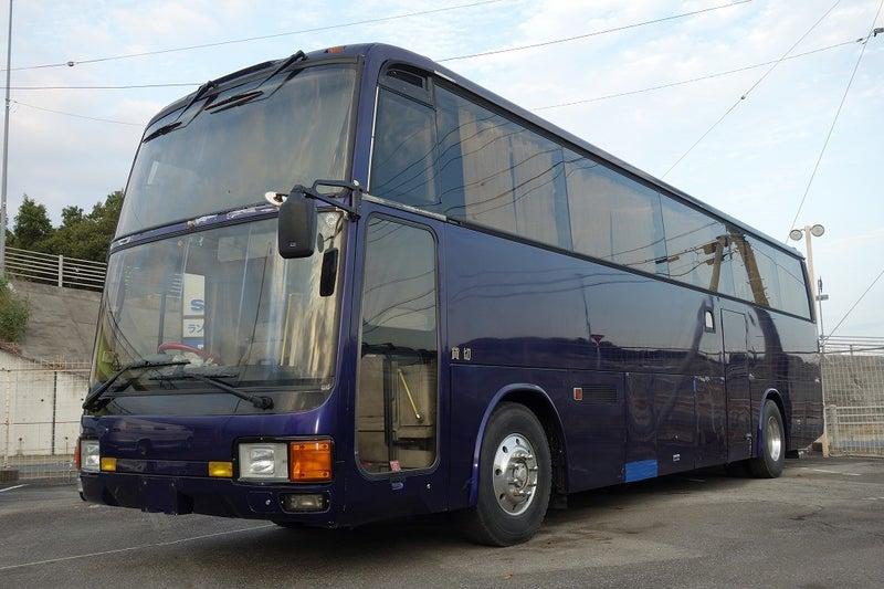 三菱自動車 観光バス エアロクイーンMV