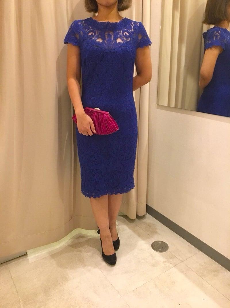 7f1474884502c こちらのドレスは、かなりの人気者。