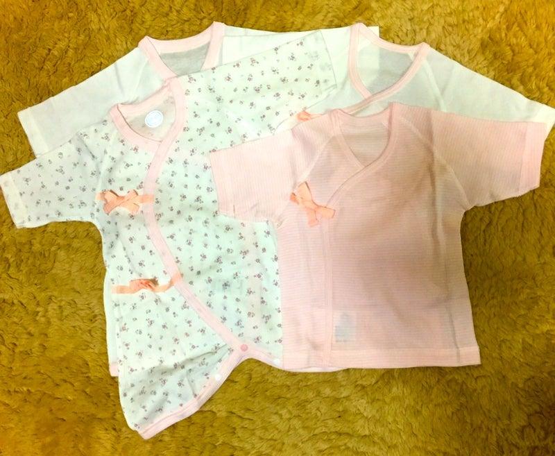 eace6d68ee82d 調子に乗って買ってしまいました ラブ. 女の子用の新生児用の肌着です 赤ちゃん ラブラブ