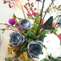 ブラックローズの生花~ハロウィンアレンジまとめ Ⅱの記事に添付されている画像