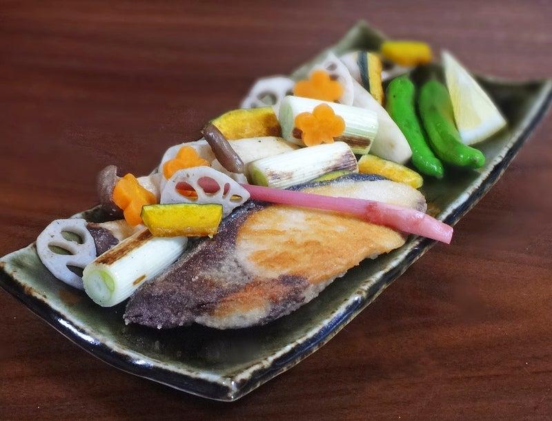 鰤のふっくら塩焼きと賑やか季節野菜のグリル