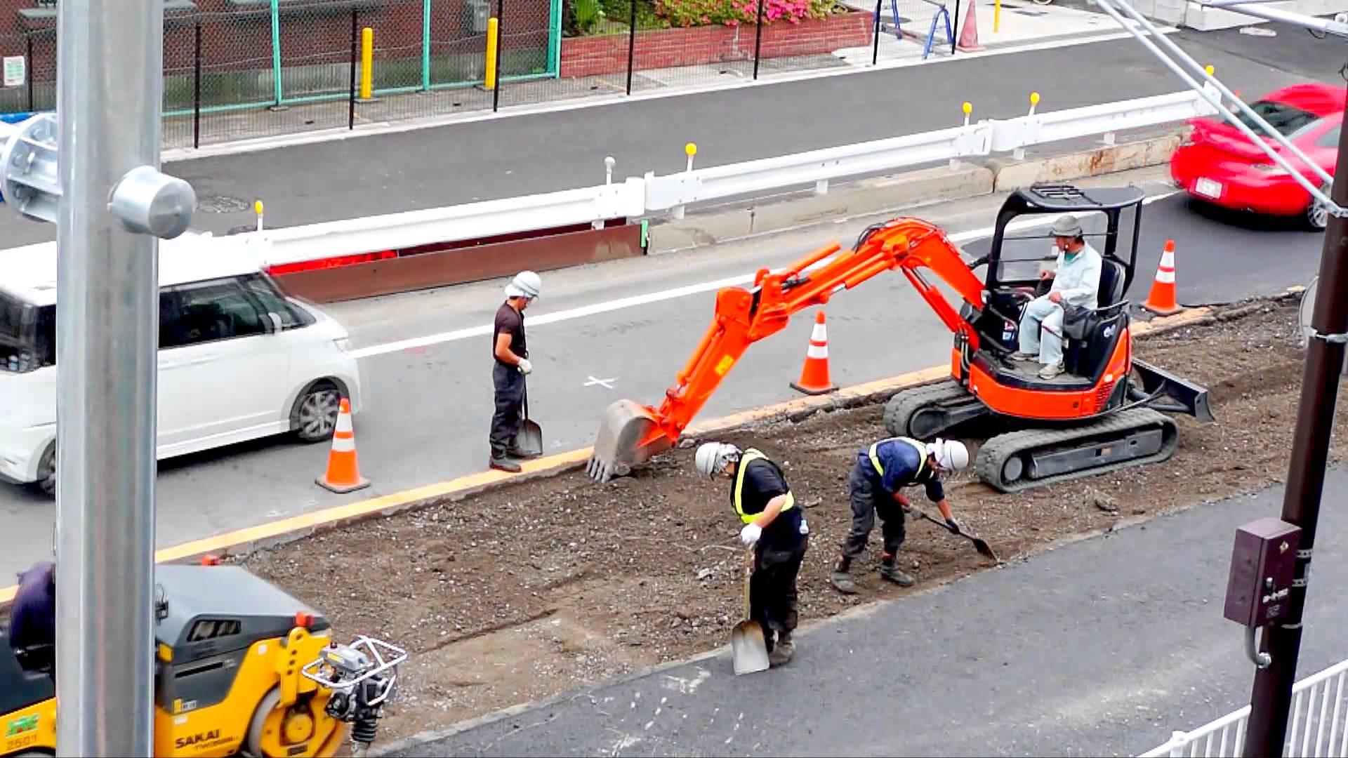 年末になると増える道路工事・・...