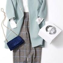 きれい色のコートを着こなすポイントは小物ですの記事に添付されている画像