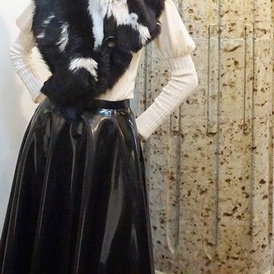 冬の楽しみ・KARL DONOGHUE ファーシュラグ、スカーフ・巻き方いろいろの記事に添付されている画像