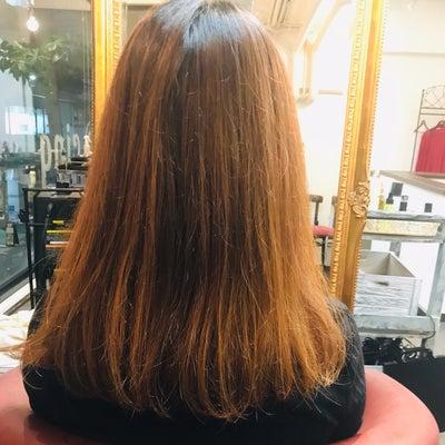 【オーダーナンバー1】修復ケアカラーで髪質改善の記事に添付されている画像