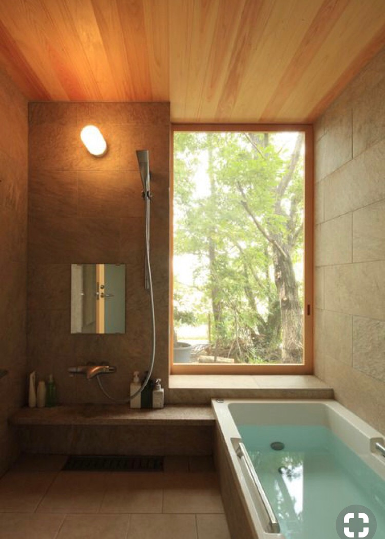 ひろせろブログ20.お風呂の窓