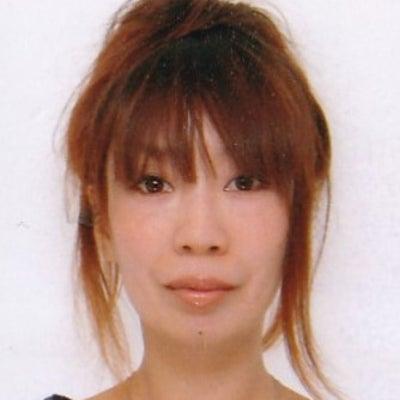 顔の輪郭をVラインにする根本セルフケアの記事に添付されている画像