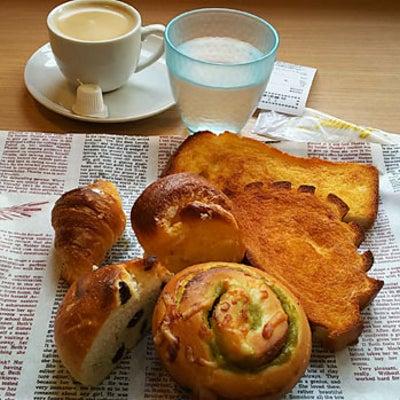 小岩の有名なパン屋さんでモーニング食べ放題の記事に添付されている画像