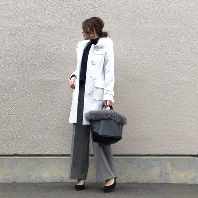 真っ白なダッフルコート♡の記事に添付されている画像