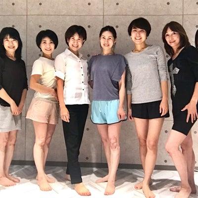 美脚プロジェクトコーチになった皆さん【愛されセラピスト】の記事に添付されている画像