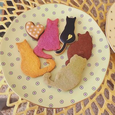 ネコクッキーとローズティーの記事に添付されている画像