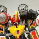 フルパワーチャージ!!「ただのロボット」じゃない秘密! グリッドマンDXトイ計画-08.3の記事より