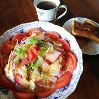 今日の朝ごはん♪色とりどりのカブサラダモーニングの記事に添付されている画像