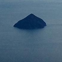 源九郎稲荷神社へと導いた夢で見た三角錐の島は厳島神社にあった!!の記事に添付されている画像