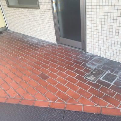 【ブログ記事】大阪府東大阪市内、土間タイル洗浄作業の記事に添付されている画像