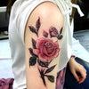 薔薇タトゥー:肩の画像