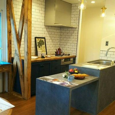 造作キッチンとの出会い!・・・メラミン、ポリ化粧板、集成材の違いの記事に添付されている画像