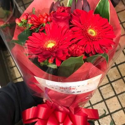 真っ赤な花束の記事に添付されている画像