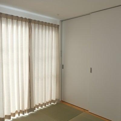 【入居後内覧会①】カーテンがつきましたの記事に添付されている画像