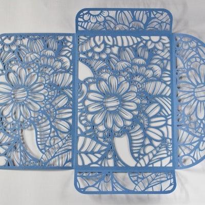 紙のレーザーカット加工 折筋も同時に加工ができますの記事に添付されている画像