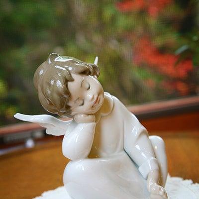 「お客様の財布の中の福沢諭吉さんに頭を下げていると思うと笑顔になるの」の記事に添付されている画像