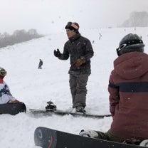 スノーボードカービングレッスンの記事に添付されている画像