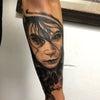 ブラックアンドグレイタトゥー続き:腕の画像