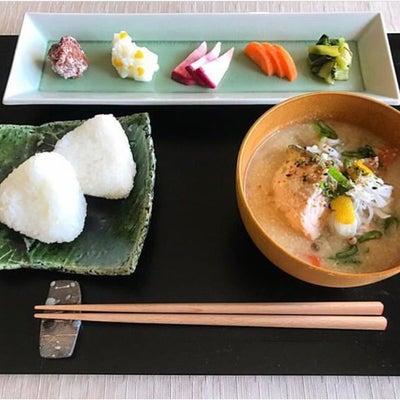 粕漬け鮭の粕汁の記事に添付されている画像