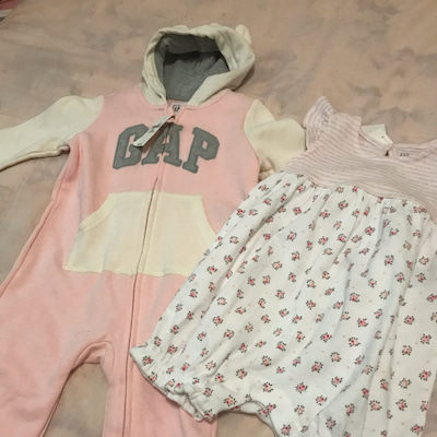 産まれてくる娘ちゃんの洋服選びの記事に添付されている画像